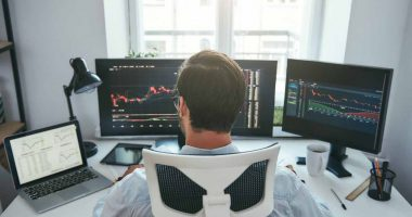 what stocks to buy today (tech stocks)